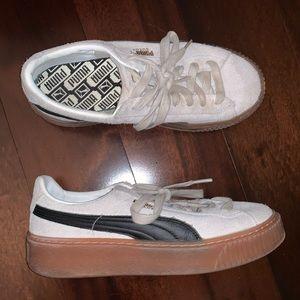 PUMA Platform Sneaker Creeper